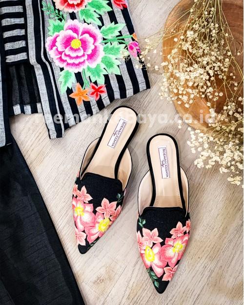 Hibiscus Set Blouse Series - Cream